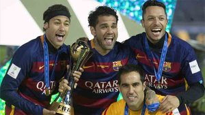 Neymar, junto a Adriano, en la época esplendorosa del Barcelona