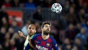 Piqué suma 535 partidos oficiales con el FC Barcelona. En Vigo aspira a jugar el 536, con el que superaría al que fuera su compañero Víctor Valdés (535)
