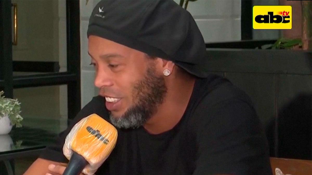Ronaldinho: Tengo mi fe, ojalá esto se acabe pronto