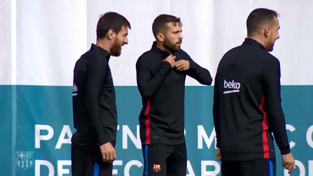El Barça se pone a punto para el primer clásico oficial de la temporada