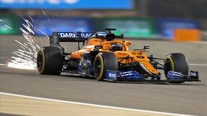 Carlos Sainz durante los libres del GP de Baréin