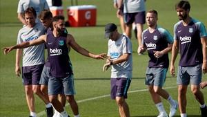 Douglas está trabajando estos días a las órdenes de Ernesto Valverde