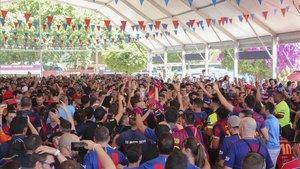 La fan zone del Barça estuvo muy animada