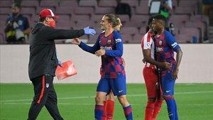 Griezmann y Ansu Fati jugaron los últimos minutos ante el Atlético