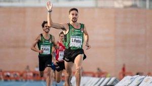 Ignacio Fones se impuso en el 1.500 de Nerja