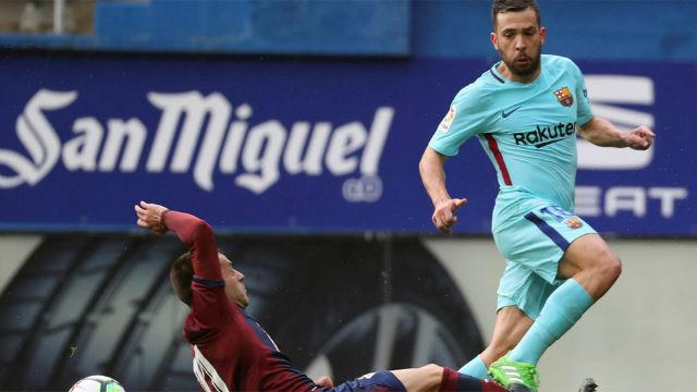 ¡Jordi Bala tardó solo 14 segundos en cruzar el campo antes de marcar!