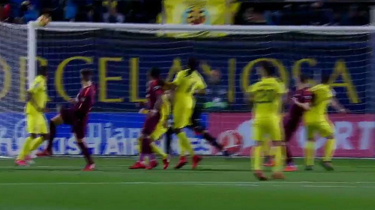 LALIGA | Villarreal - FC Barcelona (0-2): El palo de Piqué en el Estadio de la Cerámica