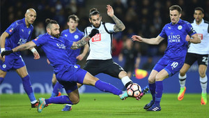 El Leicester demostró ante el Derby que sigue en plena crisis