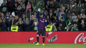 Messi salió ovacionado del Benito Villamarín