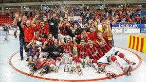 El Reus estaba eufórico tras conquistar la Supercopa