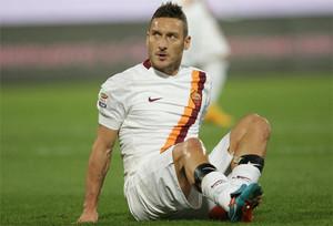 Totti no pudo ver puerta ante el Palermo