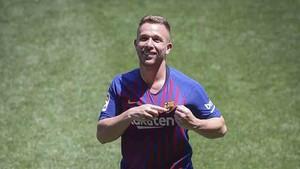 Arthur quiere triunfar en el Barcelona