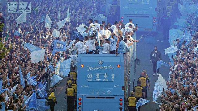 Así celebró el Manchester City su poker de títulos