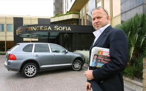 Dimitri Seluk, representante de Touré Yaya, quiere hacer las paces con Guardiola
