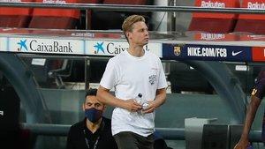 De Jong ha visto los últimos partidos desde la grada