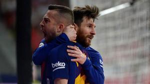 Jordi Alba celebrando uno de los goles del Barça