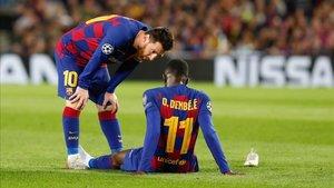 Messi se interesó por el estado de Dembélé