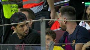 Messi y suárez, espectadores de lujo del Barça-Betis