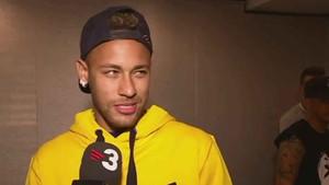 Neymar, de visita en Barcelona