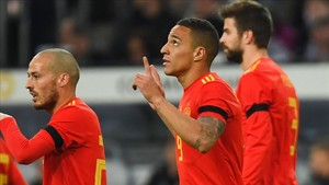 Rodrigo dedicó el gol al hijo de Santi Cañizares