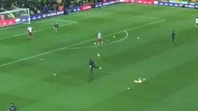 El vídeo viral que demuestra que hasta los utilleros del Liverpool podrían ser titulares en muchos equipos