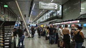 El aeropuerto de Ámsterdam vive un falso secuestro aéreo