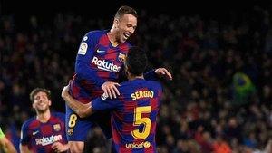 Arthur triunfa en el Barcelona