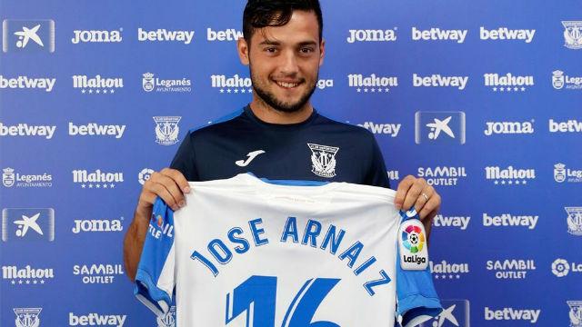 Así ha sido la presentación de Arnaiz como jugador del Leganés