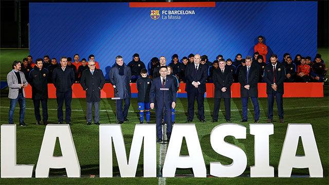 Bartomeu da la bienvenida a los equipos de la Masía
