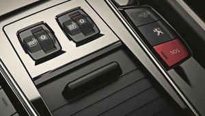 El botón S.O.S. sirve para comunicar accidentes sufridos o presenciados en la carretera.