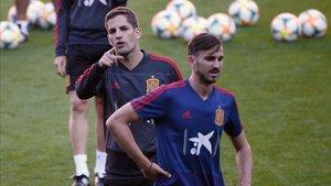 Fabián pudo entrenar en la sesión vespertina que dirigió Robert Moreno