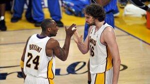 Kobe y Pau celebraron dos títulos juntos