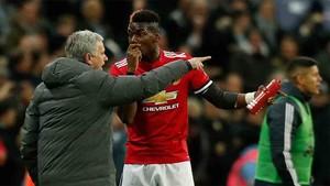 Las relaciones entre Pogba y Mourinho son insostenibles