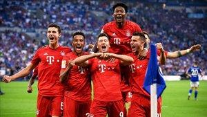 Lewandowski se dio un festín a costa del Schalke 04