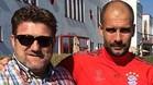 Miguel López, técnico del CD Masnou, junto a Josep Guardiola entrenador del Bayern Múnich