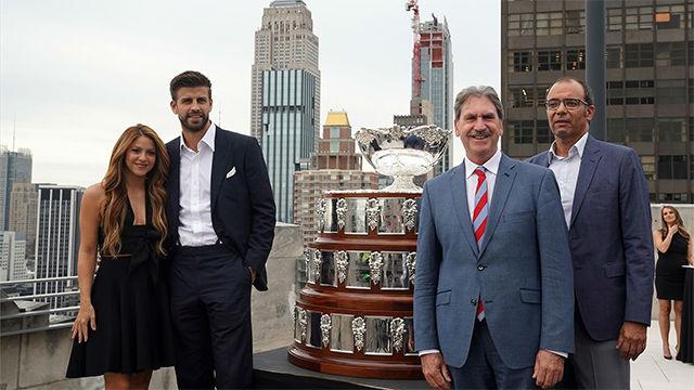 Piqué y Shakira llevan a Nueva York la polémica Copa Davis