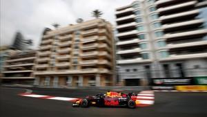 Ricciardo firmó un tiempo estratosférico en el Libre2
