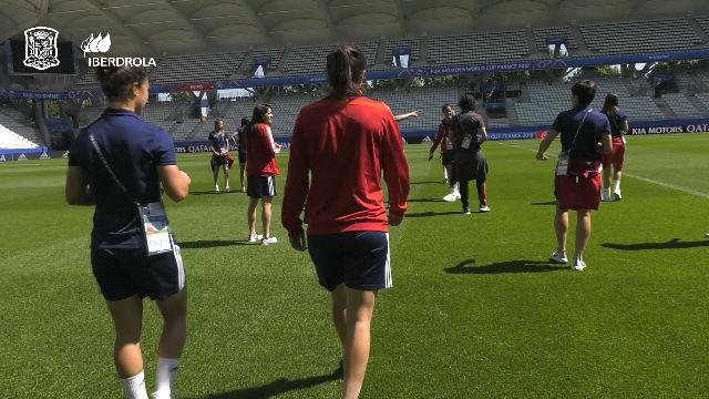 La Roja visita el estadio Auguste-Delaune de Reims