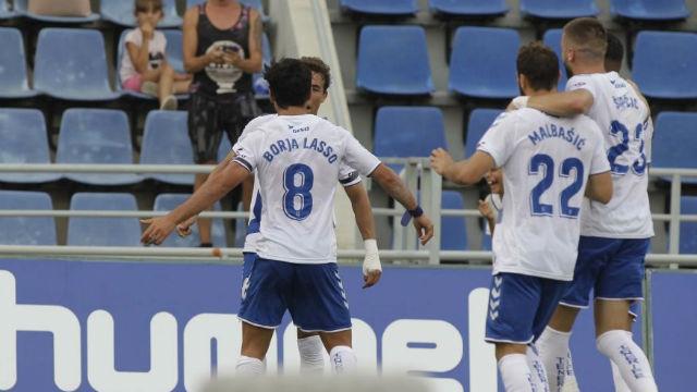 El Tenerife supera al Numancia