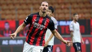Zlatan fue el gran referente del Milan ante el Bolonia