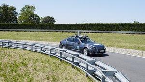 Lexus LS autónomo.