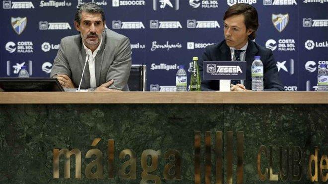 El Málaga destituye a Caminero