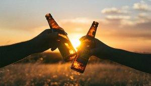 No es aconsejable tomar mucho alcohol