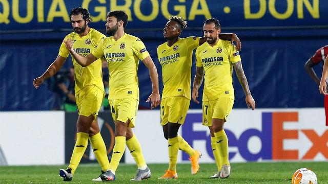 Alcácer soluciona el frenético partido ante el Sivasspor