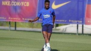 Ansu Fati repite entrenamiento con el primer equipo