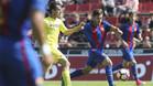 El azulgrana Enric Vilà, en una jugada del partido