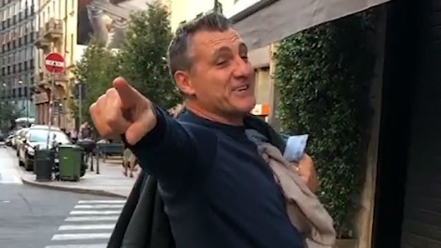 Christian Vieri crea su propia Milan Fashion Week... ¡EN PLENA CALLE!