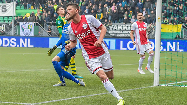 Huntelaar reconoce haber hablado del Real Madrid con van de Beek