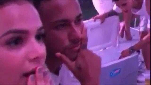 El mannequin challenge de Neymar y Bruna Marquezine