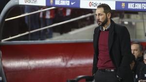 Pablo Machín reconoció que jugar de tú a tú al Barça se paga caro